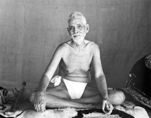 Sri_Ramana_Maharshi_-_Sitting_-_G._G_Welling_-_1948